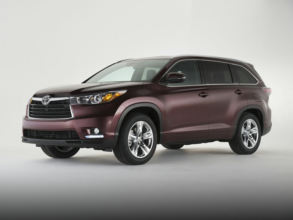 Pre-Owned 2016 Toyota Highlander LE Plus V6 AWD 4D Sport Utility