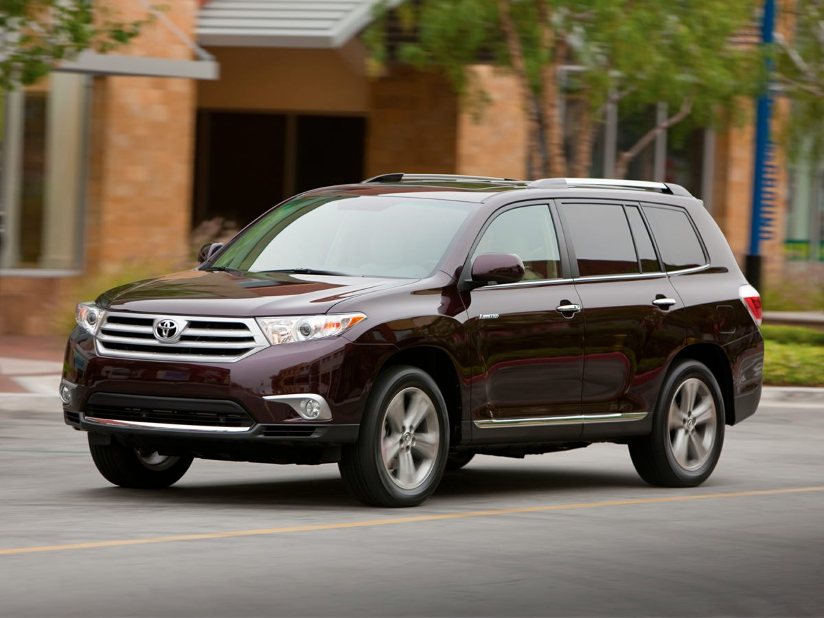 Pre-Owned 2013 Toyota Highlander Limited AWD 4D Sport Utility